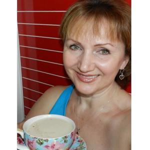 """Это я  чашкой кофе. Желаю в Dining-room """"завести"""" кофе-машину и радовать посетителей хорошим кофе."""