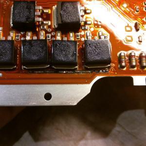 сгорел транзистор и дорожка