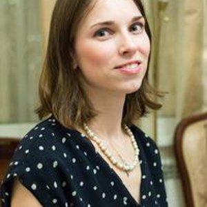 Варя Степанова