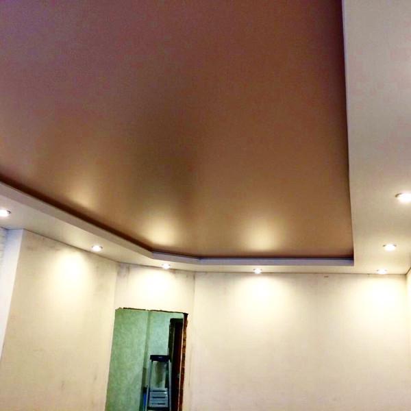 Двухуровневый потолок с подсветкой короба. Линейная 181