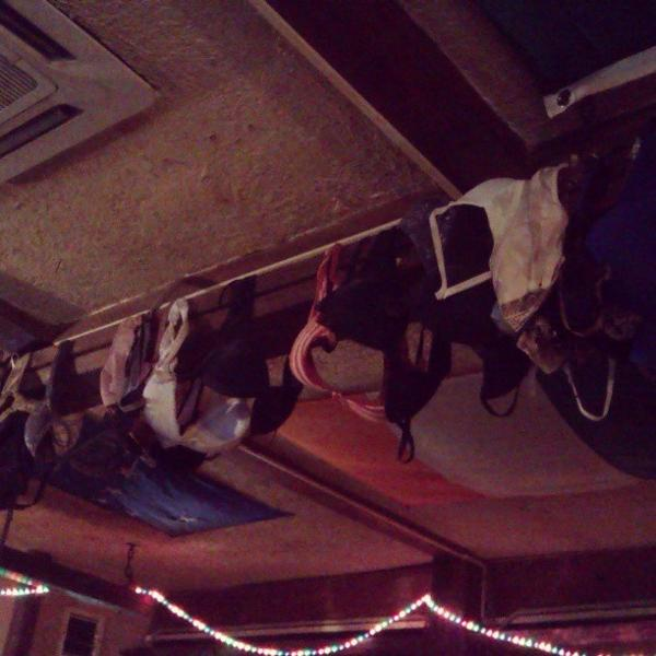 галерея над баром