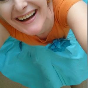 Улыбайся лицом, улыбайся разумом, - и положительная энергия сама придет и вымоет всё негативное
