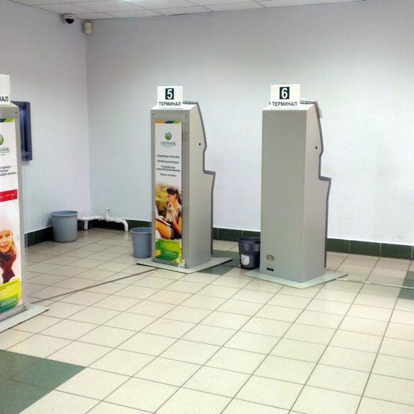 Зал роботов в Сбербанке