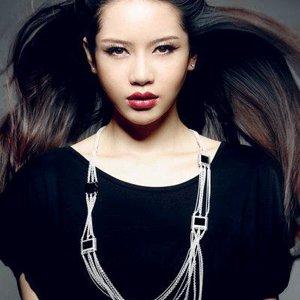 Наташа Ли