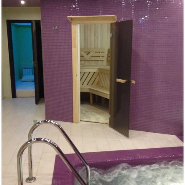 Фото из интернета. Вторая дверь-комната отдыха с матрасом))) Кстати,сейчас эта дверь пробита.