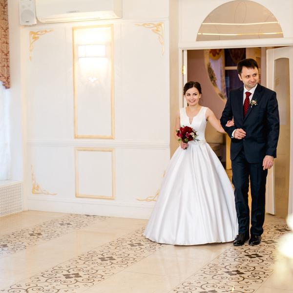 Юнона, свадебный салон в Екатеринбурге на метро Динамо — отзывы ... 18205bd6fa0