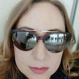 Нина Любимова