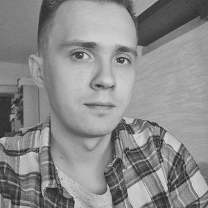 Дмитрий Мезенин