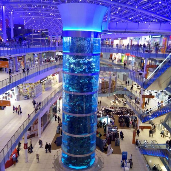 четырехэтажный аквариум