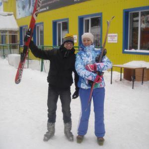 """оба комплекта лыж взяты в прокате """"Чулан"""""""
