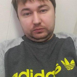 Евгений Моисеенко