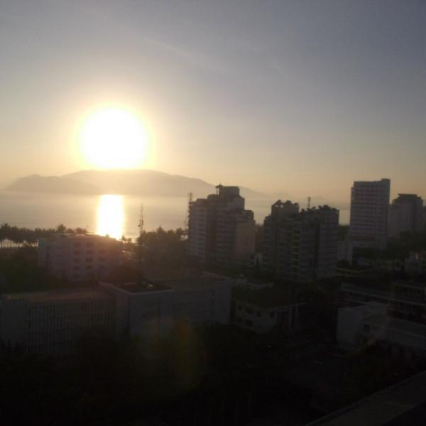 Вот таким рассветом мы любовались с нашего балкона))