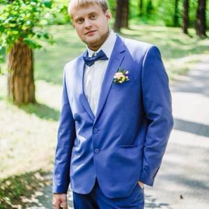 Andrey  Shikhatov