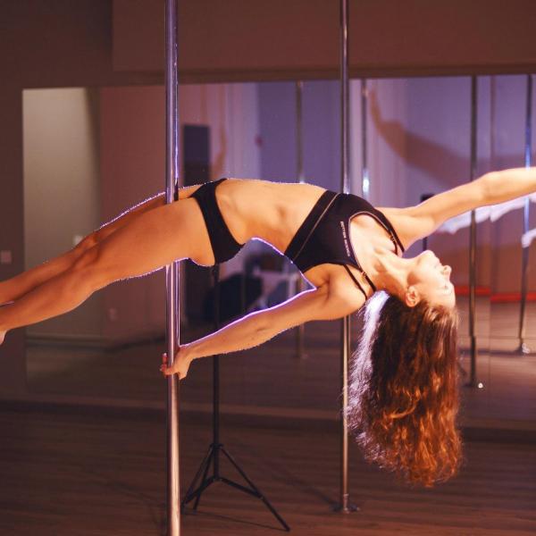 На фото - Марта Таранович, идейный вдохновитель, тренер и организатор этой чудесной студии.