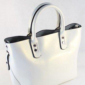 2d2e631c5253 Спасибо огромное за летнюю сумочку!!! Я влюбилась в нее на фото и она меня  не разочаровала! Забрала на Челюскинцев. Большая просьба: сделайте эту  модель к ...