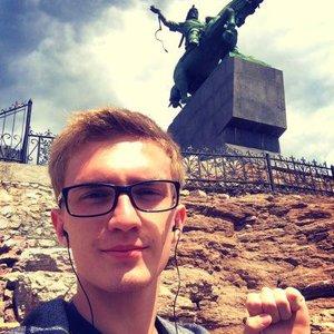 Илья Россов