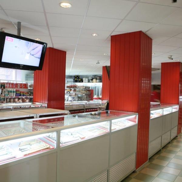 Торговый Зал на Долорес Ибаррури, 30. Фото 3.