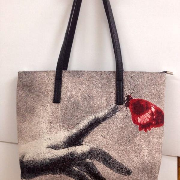 Вот какая красивейшая оригинальная гобеленовая сумка.