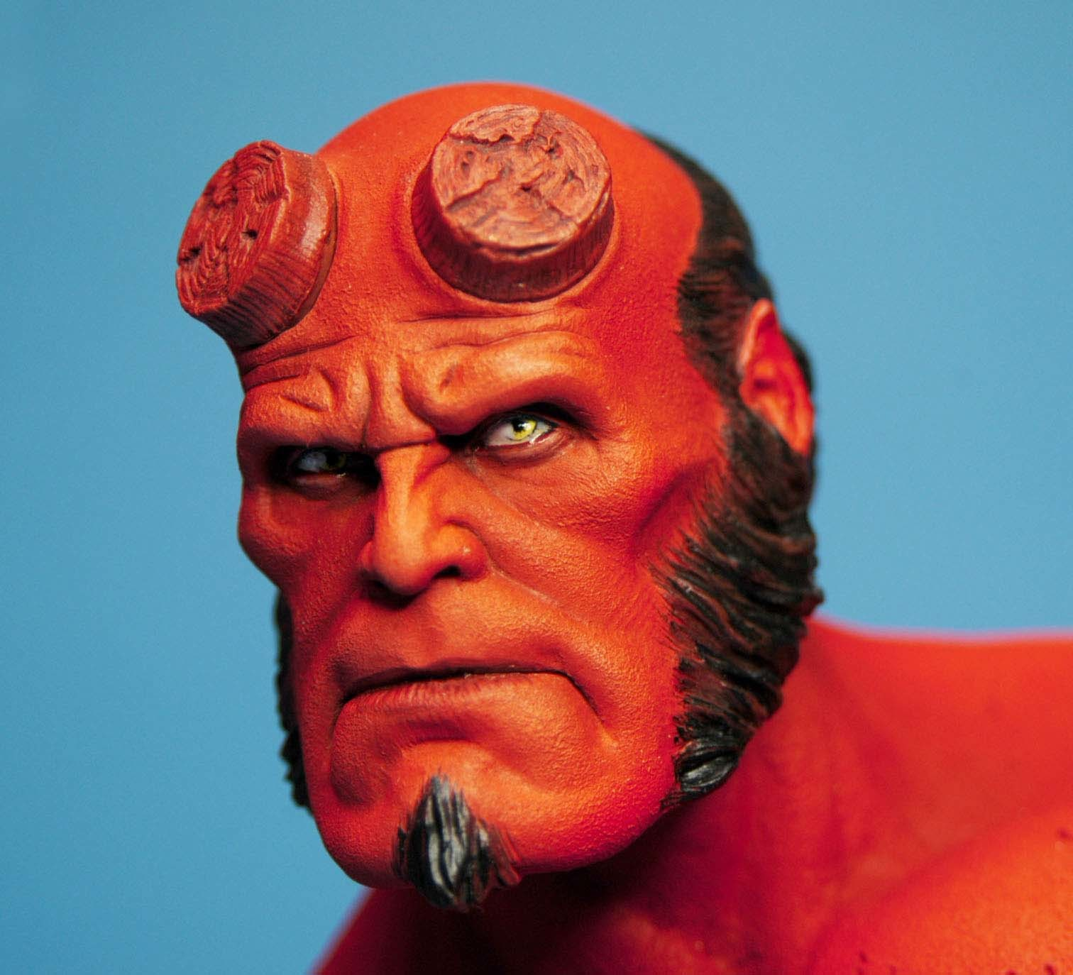 Картинки красного человека