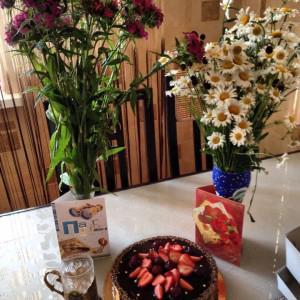 Подарок мужу на день рождения - тортик от компании BEZMUKI, безумно вкусный и красивый!!!
