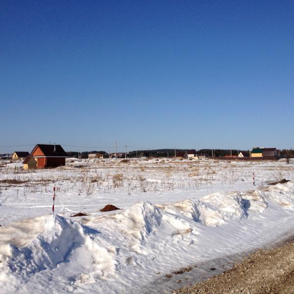 Солнечная поляна в марте 2015.