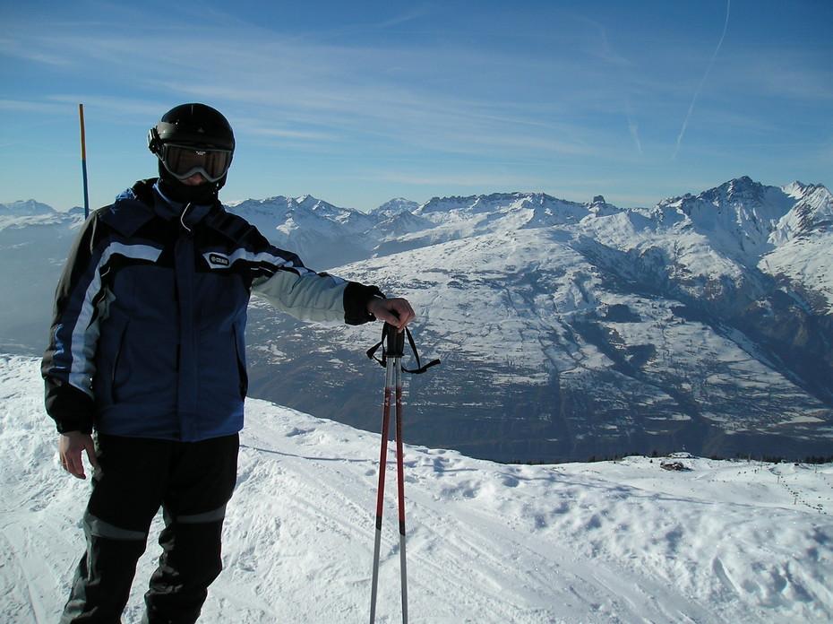 фото мужчин в горах на лыжах страдал из-за астмы
