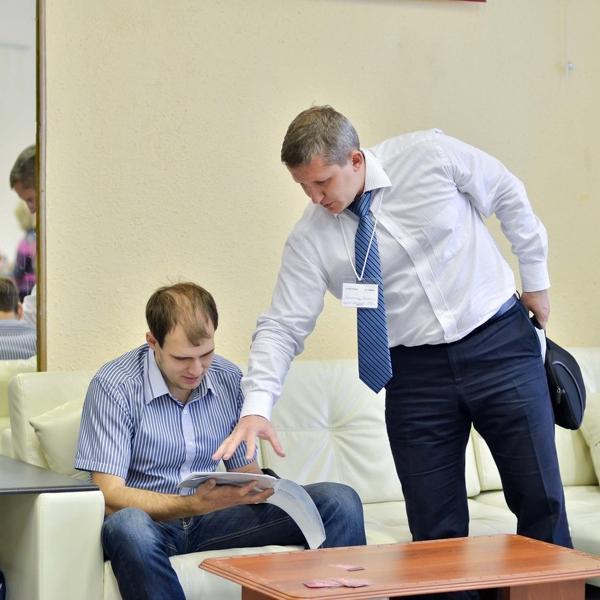 Интернет Форум 2012. Презентация мебели участникам.