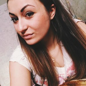 Полина Чарушина