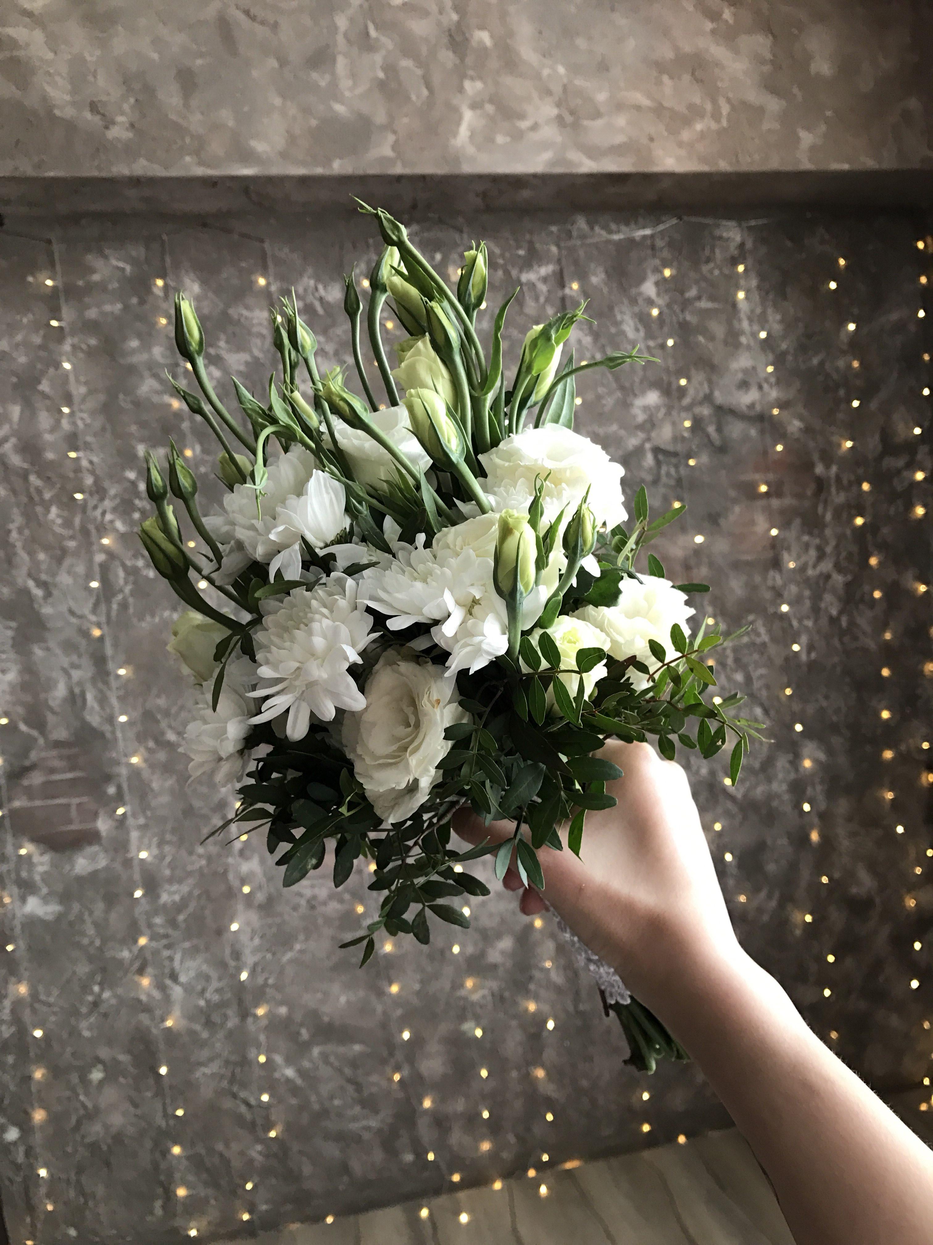 Доставка цветов у яблоньки омск, саратове букет тюльпанов