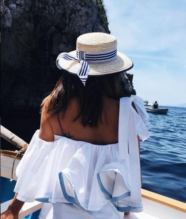 фото в шляпах на море без лица приоритете должны быть
