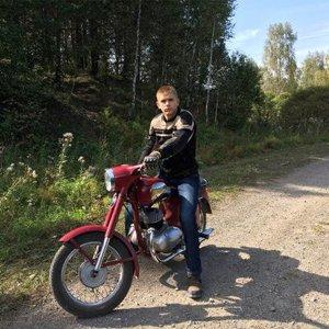 Паша Романов
