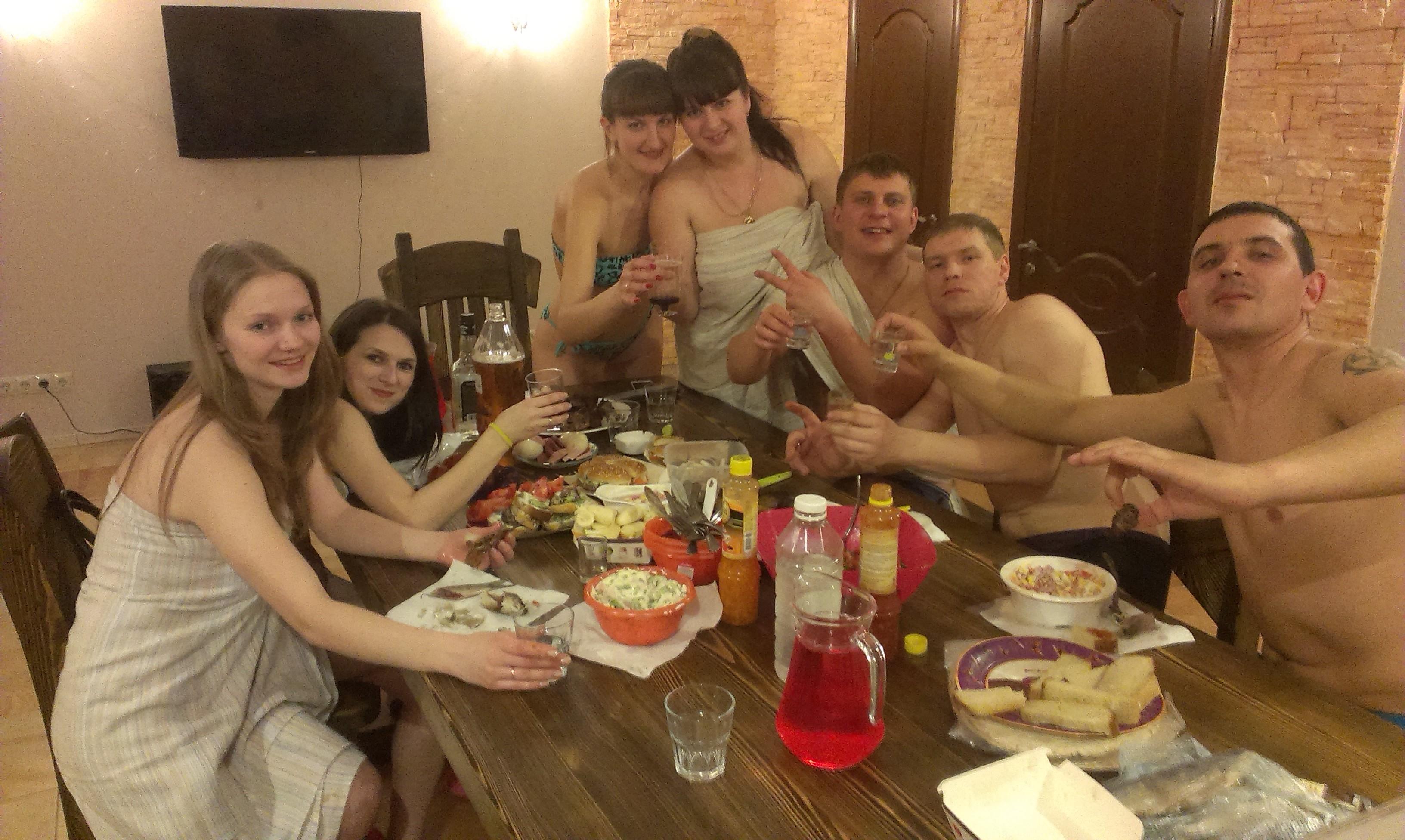 Рассказ секс в бане с друзьями, Порно рассказ: В первый раз с другом в бане 13 фотография