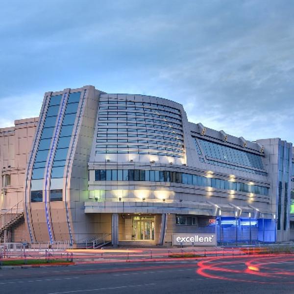 Фитнес-центр Excellent - 11 лет на вершине фитнеса Красноярска. 24 часа в сутки, 365 дней в году.