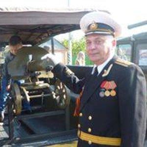 Олег Савенок