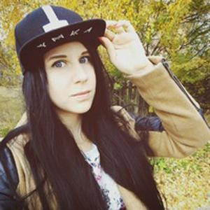 Аня Валенок