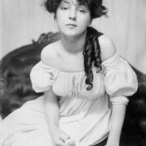 Людмила Симонова