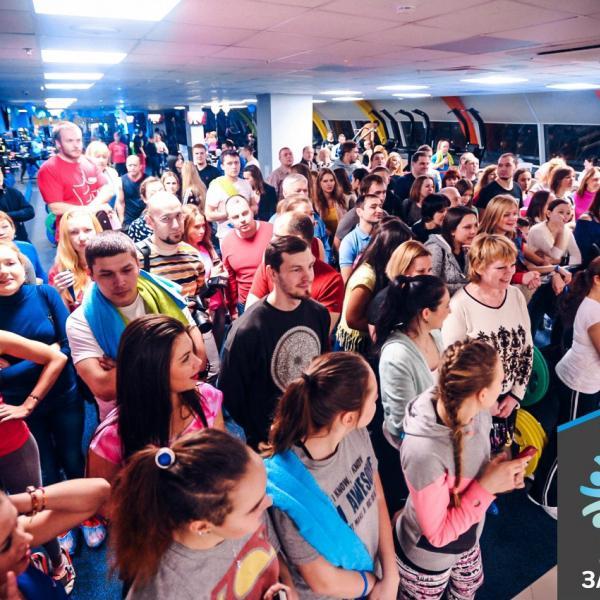 Показательные выступления боевых искусств собрали много поклонников.
