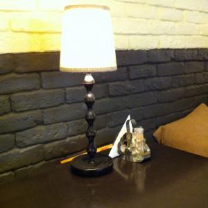 """В кафе """"Поль Бейкери"""" милые светильнички!)"""
