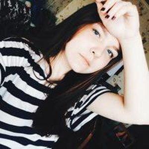 Яна Лазарева