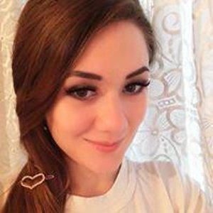 Лола Зиддинова