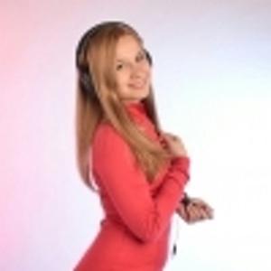 Алёна Захарова