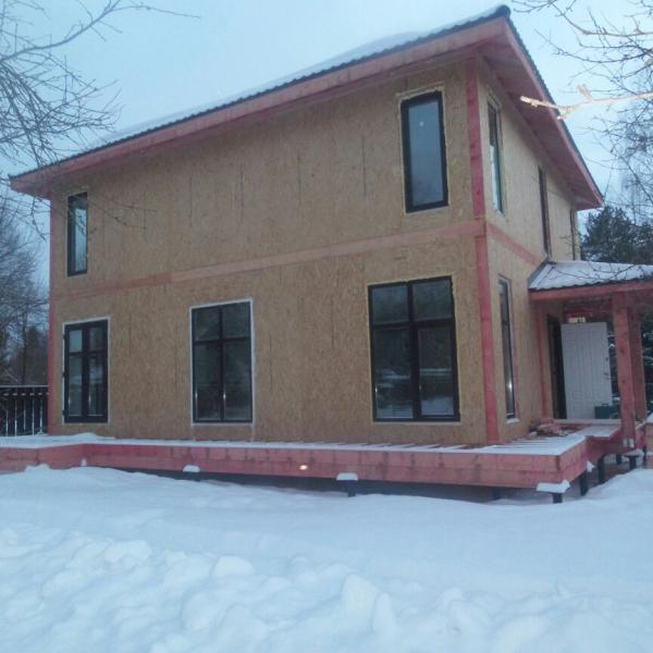 Мой дом - пока без отделки, но в нем и так тепло