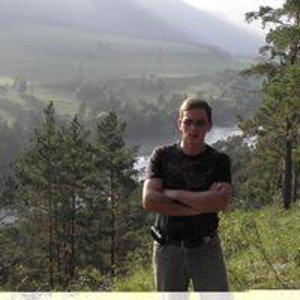 Юрий Токарев