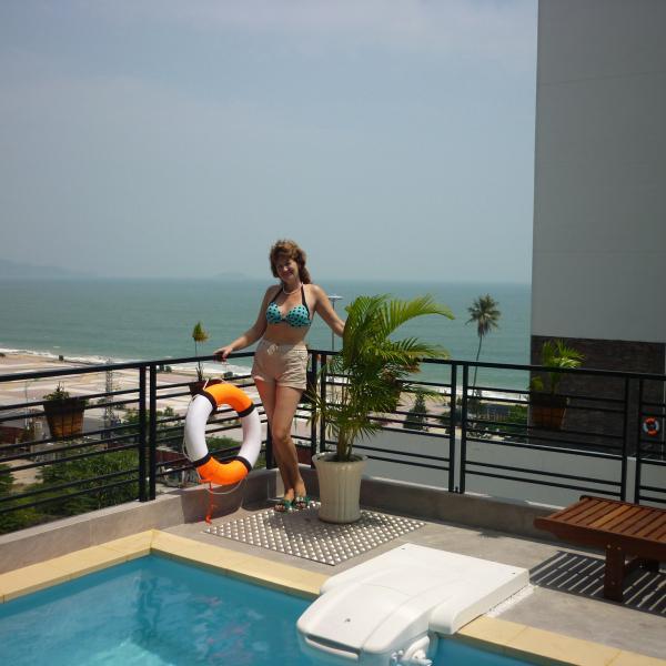 Отель Pavillon Garden Spa Hotel Нячанг
