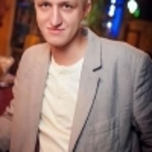 Михаил Фаст