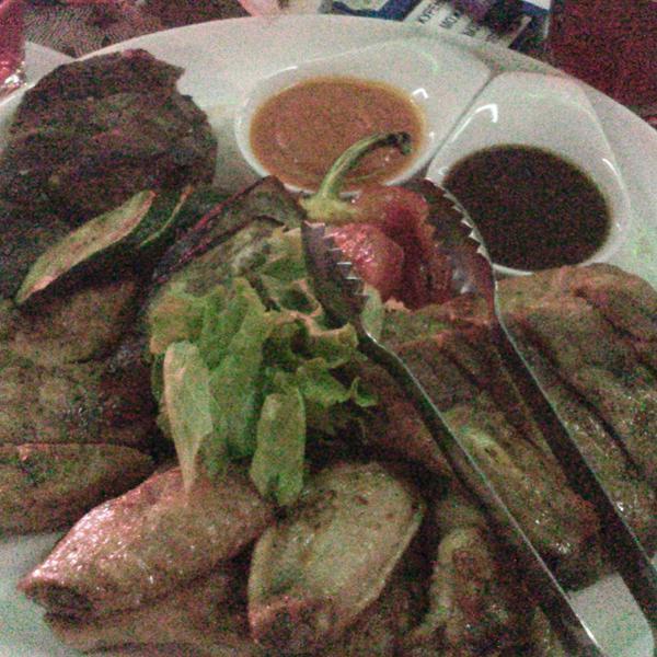 Мясное ассорти, аппетитное и вкусное :) Сорри за качество фото))