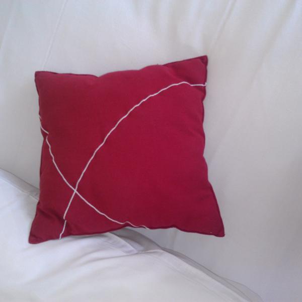 Номер, фирменная подушка на кроватях ;]