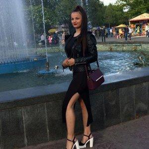 Настюша Лапина