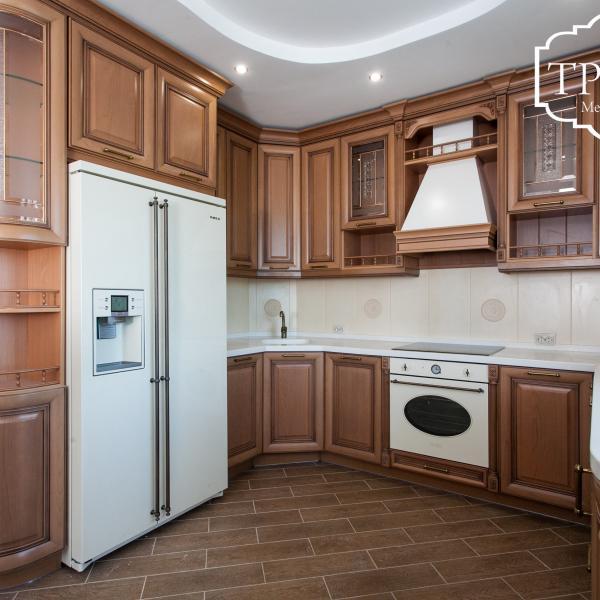 Кухонный гарнитур (массив Италия)