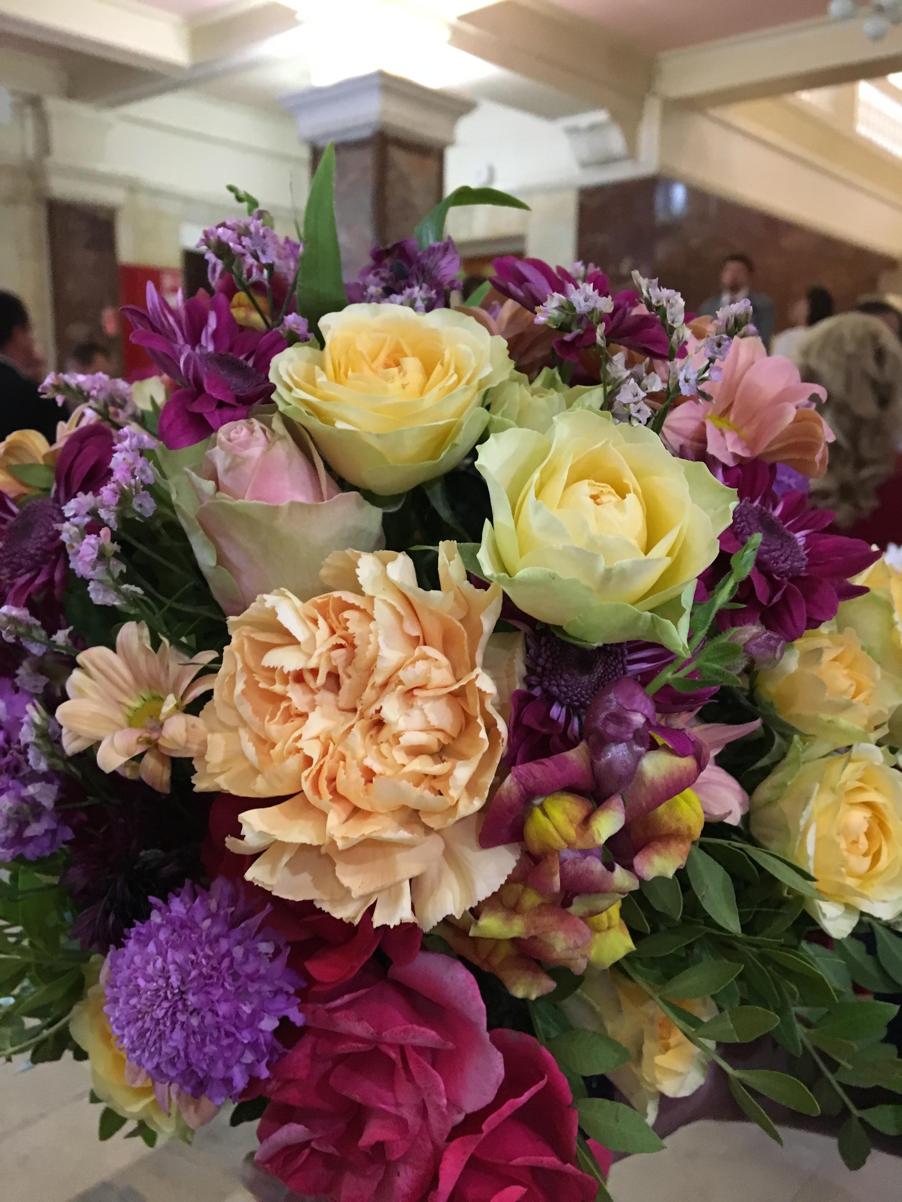 Купить цветы на октябрьской, цветов аша